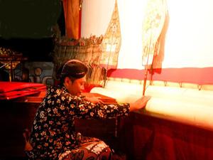 wayang kulit tradisi indonesia, kegiatan merti desa wayang kulit